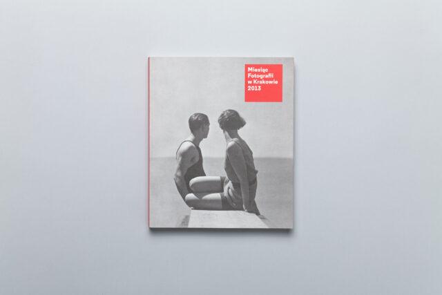 Okładka katalogu Miesiąc Fotografii w Krakowie 2013