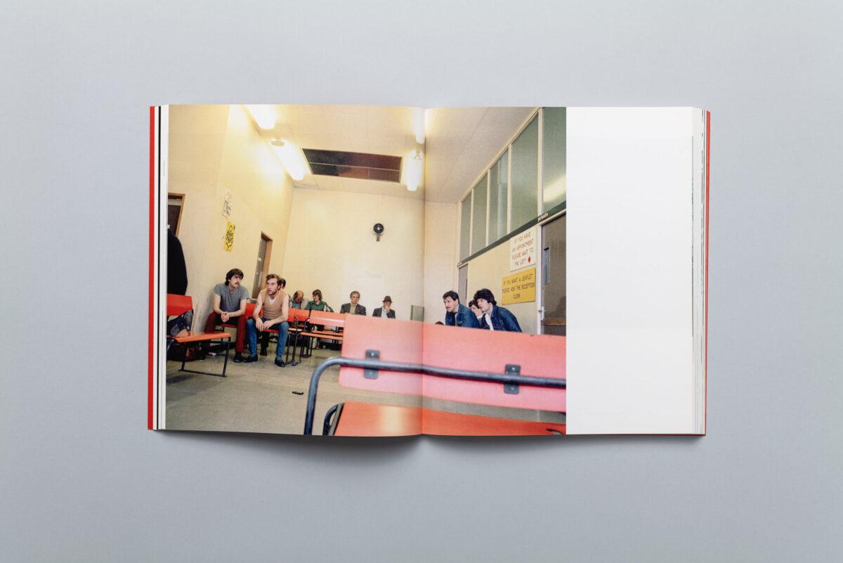 Rozkładówka katalogu Miesiąc Fotografii w Krakowie Maj 2010