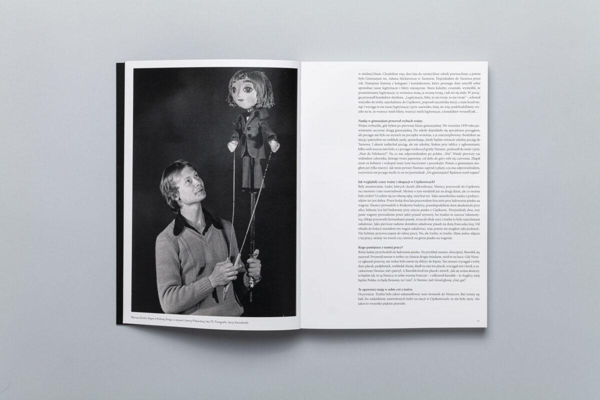 Rozkładówka z albumu Teatr Lalek Jerzego Koleckiego